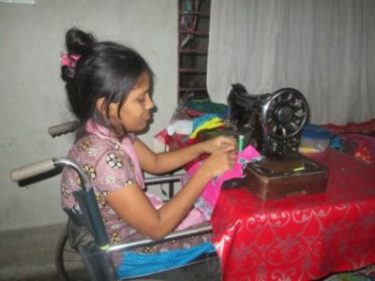 Dipali Supporting her family with knitting machine